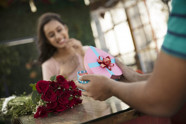 7 Amazing Birthday Gift Ideas for your Girlfriend