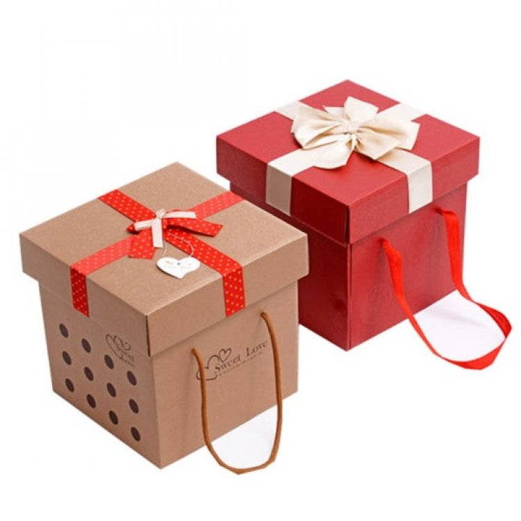 Get Custom Printed Gift Boxes to enhance product's quality